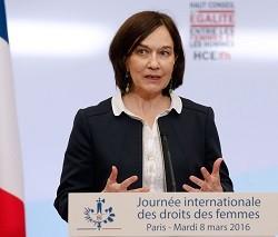 34805_la_ministra_francesa_no_concibe_que_haya_personas_que_alerten_del_riesgo_de_abortar